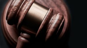 8 Crucial Factors To Consider When Hiring A Criminal Defence Lawyer